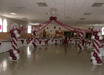 Balloon decor for Balloon dance floor decoration